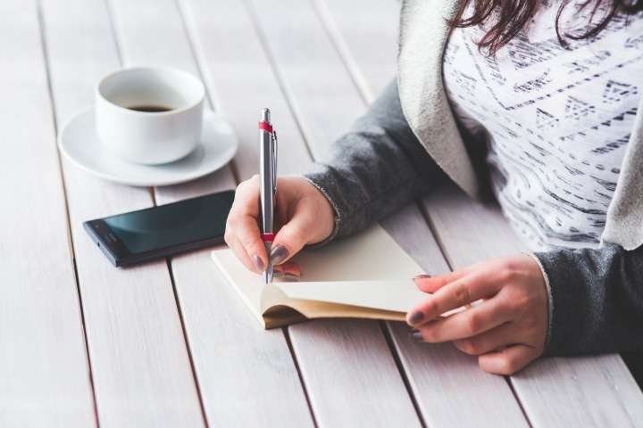 Women Journaling.jpg