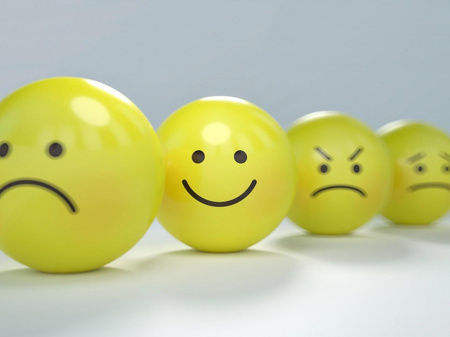 smiley-2979107_1920-e1538916023114.jpg